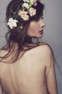 肌がきれいな女性