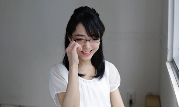 メガネ美人は、メガネを取っても美人でなければ成立しない!/北条かや