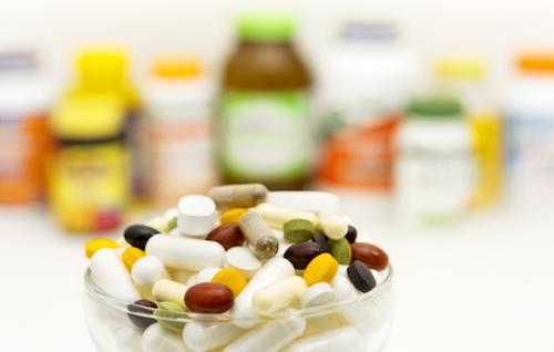 不足しがちなビタミンやミネラルを大量に補う目的