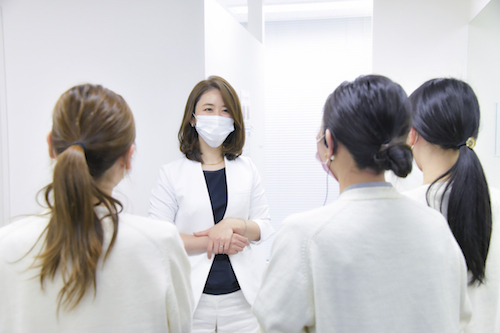 八重洲形成外科・美容皮膚科_原医師_ミーティング